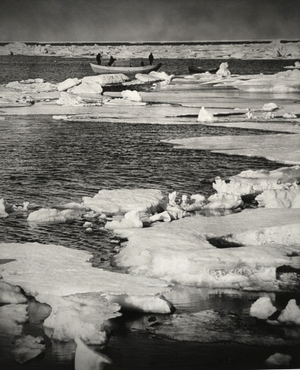 """Ledinė įlanka. Iš serijos """"Vilemo Barenco karavelės pėdsakais"""""""
