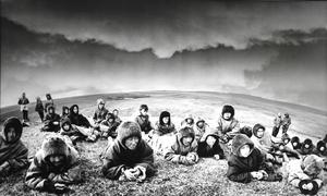 """Elnių augintojai. Kolūkio susirinkimas - I. Jugros tundra. Iš serijos """"Prie Karos jūros"""""""