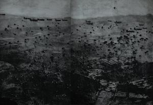 """1944 m., II pasaulinis karas. Amerikiečių kareiviai išsilaipina Prancūzijoje. Iš ciklo """"Tylaus kalbėjimo metodai"""""""