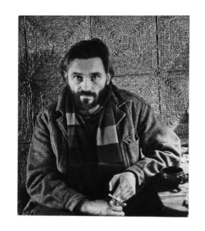 Viačeslavas Jevdokimovas-Karmalita savo dirbtuvėje Riešėje